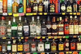 البرلمان العراقي يقر بشكل نهائي حظر استيراد وتصنيع وبيع المشروبات الكحولية.