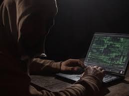 """روسيا تعترف بهجمات قرصنه """" بشكل يومي """" علي مواقع الكرملين"""