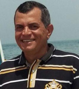 الكاتب - عبد الرازق أحمد الشاعر