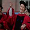 مارك يعود لجامعته بعد 12 عام للحصول على الشهادة الفخرية