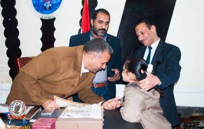 مدير التعليم بسوهاج ، يلتقى الطلاب الموهوبين ويقوم بتكريمهم