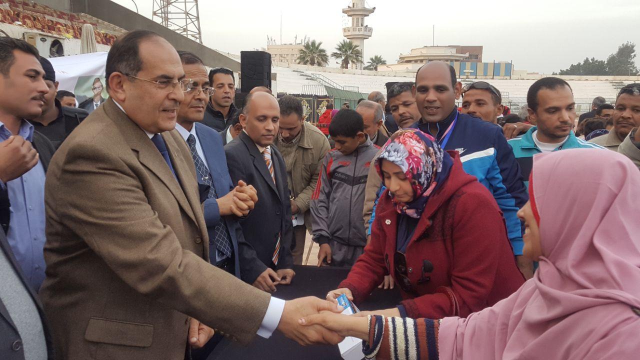 Photo of بحضور محافظ الاقليم والقيادات التعليمية والتنفذية ، سوهاج تحتفل بيوم المعاق العالمى
