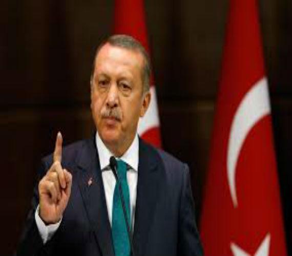 Photo of بعد تعديله للدستور .. أردوغان يعود لحزب العدالة والتنمية
