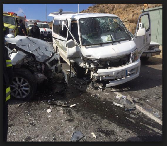 Photo of وفاة وإصابة 20 مواطن في حادث تصادم بالطريق الدولي بالدخيلة محافظة الاسكندرية .