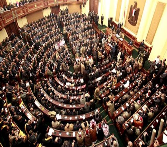 Photo of غداً النواب يستطلع الرأي النهائي في عدة قوانين ويحدد موعد مناقشة 5 طلبات مناقشة عامة عن سياسة الحكومة