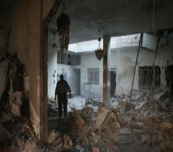 "Photo of المرصد السوري يؤكد أنباء مقتل 9 أشخاص بالغوطة الشرقيه وروسيا تصفها بــ "" محض أكاذيب """