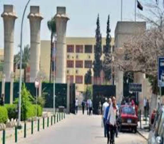 Photo of إقبال كثيف علي معامل التنسيق بجامعة عين شمس  لطلاب المرحلة الثانية
