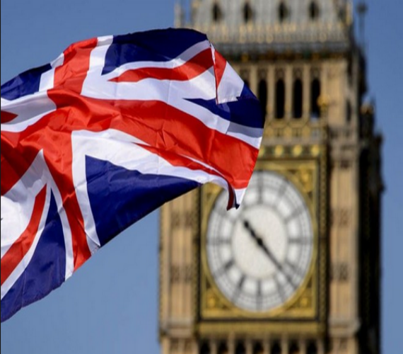 Photo of بريطانيا تدرس وضع الطلاب الأجانب وتأثيرهم علي الوضع الإقتصادي بالبلاد