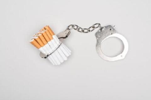 التدخين، موقع أوراق عربية - مقالات