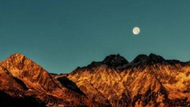 Photo of إيمان صبري لموقع أوراق عربية  …. مرثيّةٌ لمقام القمر الرّبيعي – قصيدة فصحي