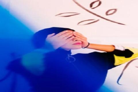 فتاه ولون ، موقع اوراق عربية - خواطر